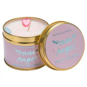 bougie bomb cosmetics snow angel parfum rose violette